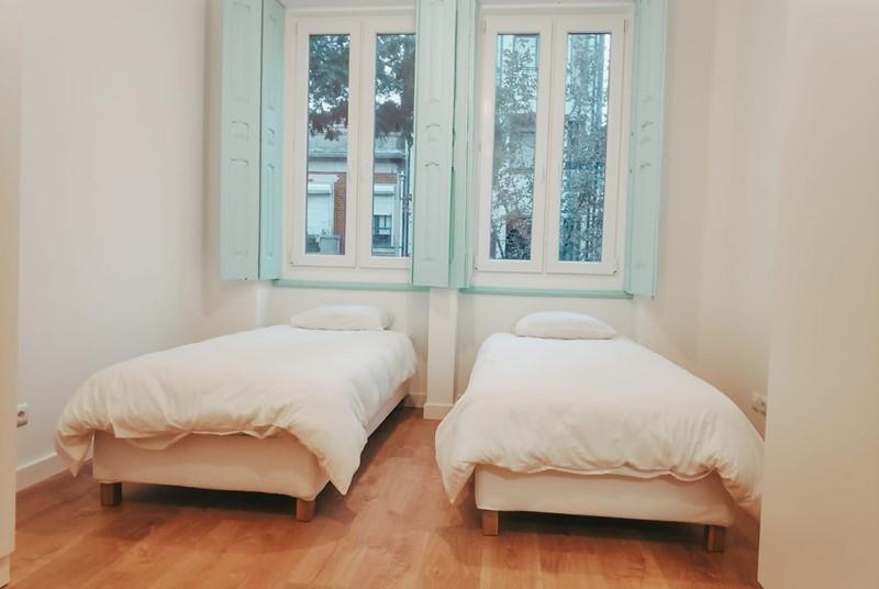 חדר לשניים